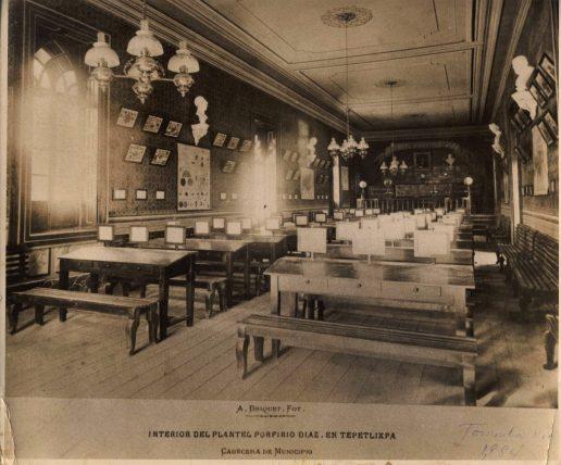 (El interior según la lente de A. Briquet. Archivo Ollin Altepetl A.C.)