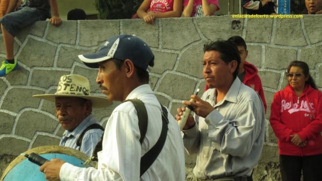 (Banda Azteca del sr. Carmelo Andrade. Foto: M.S.)
